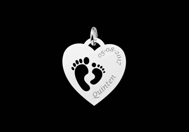 Zilveren mama hanger met hartje en twee voetjes Gegraveerd