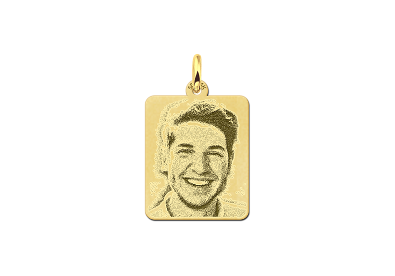 Gouden dogtag hanger met foto gegraveerd
