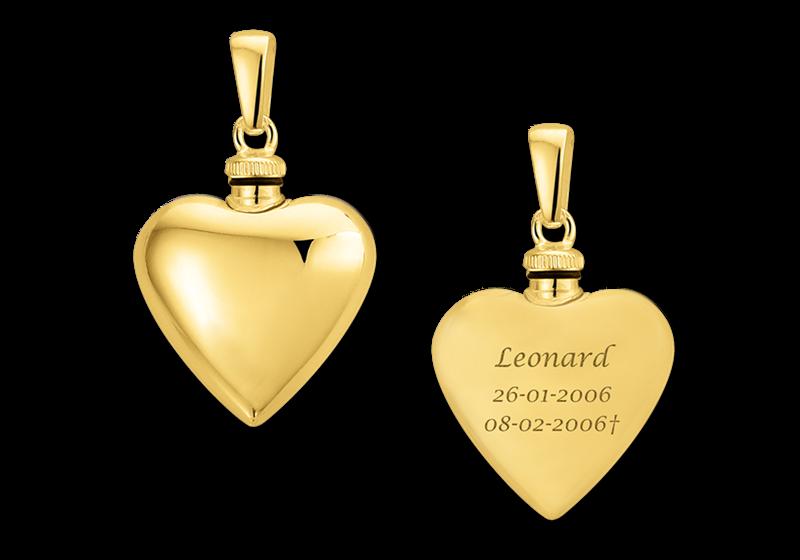 Gouden hartvormig assieraad met gravure gegraveerd