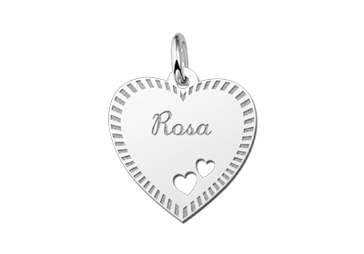 Zilveren graveerplaatje hart met rand en 2 hartjes