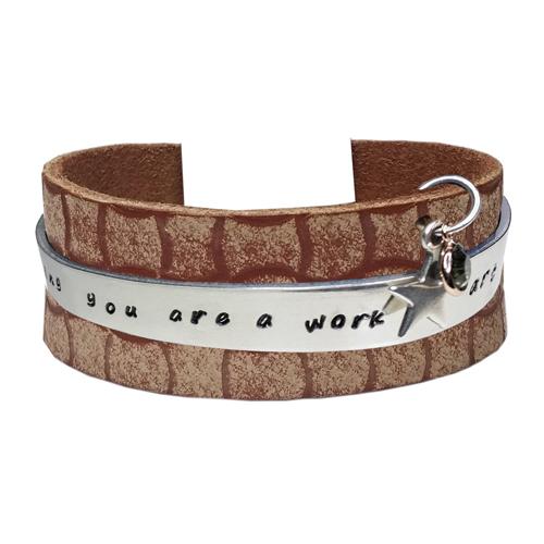 Graveer Hier☝️Jouw Leren Armband Graveerplaat Met Naam Of Tekst Model Taboo Quote James Brown ✅